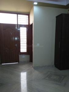Gallery Cover Image of 900 Sq.ft 3 BHK Independent Floor for buy in Shahdara for 5500000