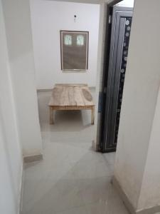 Gallery Cover Image of 410 Sq.ft 1 RK Independent Floor for rent in Keshtopur for 4000