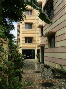 Gallery Cover Image of 984 Sq.ft 2 BHK Apartment for buy in Kasba for 5500000