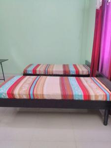 Bedroom Image of Abhinav Associates PG in Nehru Place