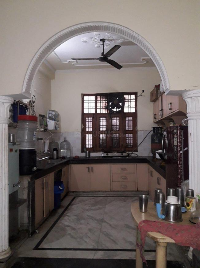 Kitchen Image of The Royal Rooms PG in Sector 22