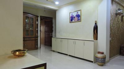 Gallery Cover Image of 1350 Sq.ft 4 BHK Apartment for rent in Parel for 125000
