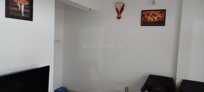Gallery Cover Image of 650 Sq.ft 1 BHK Apartment for rent in Kohinoor Begonia Phase III, Talegaon Dabhade for 6000