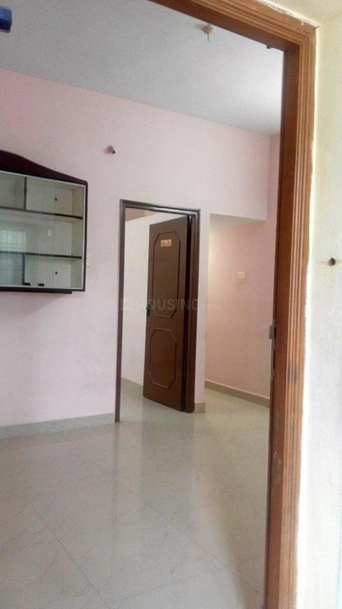 Living Room Image of 680 Sq.ft 1 BHK Independent House for rent in Sembakkam for 7000