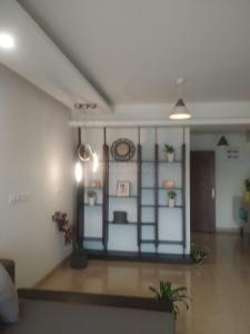 Gallery Cover Image of 850 Sq.ft 1 BHK Apartment for buy in Concorde Spring Meadows, Jalahalli for 4900000
