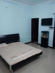 Gallery Cover Image of 1000 Sq.ft 1 RK Independent Floor for rent in Sector 17 for 10500