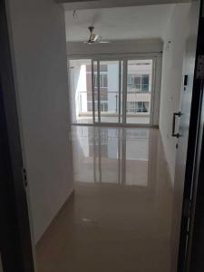 Gallery Cover Image of 1300 Sq.ft 3 BHK Apartment for rent in Pallikaranai for 23000