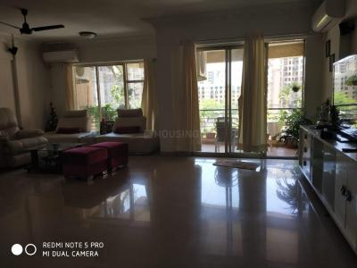 Gallery Cover Image of 2200 Sq.ft 3 BHK Apartment for rent in Voila Alba Co-opertiveSociety, Powai for 85000