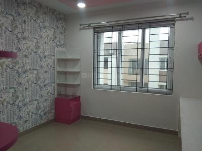 Gallery Cover Image of 1565 Sq.ft 3 BHK Apartment for rent in Karappakam for 21000