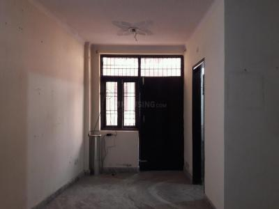 Gallery Cover Image of 950 Sq.ft 2 BHK Apartment for buy in Dayal Bagh Colony for 2200000