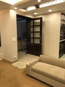 Gallery Cover Image of 5000 Sq.ft 5 BHK Independent House for rent in DLF Phase 4 for 250000