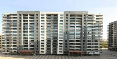 Gallery Cover Image of 1500 Sq.ft 3 BHK Apartment for buy in Leena Bhairav Residency, Mira Road East for 11500000