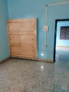 Gallery Cover Image of 5000 Sq.ft 2 BHK Independent House for rent in Hajipur for 5000