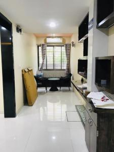 Gallery Cover Image of 1500 Sq.ft 3 BHK Apartment for buy in Vasai West for 15000000