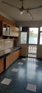 Gallery Cover Image of 2818 Sq.ft 4 BHK Apartment for buy in DLF Westend Heights, DLF Phase 5 for 33000000