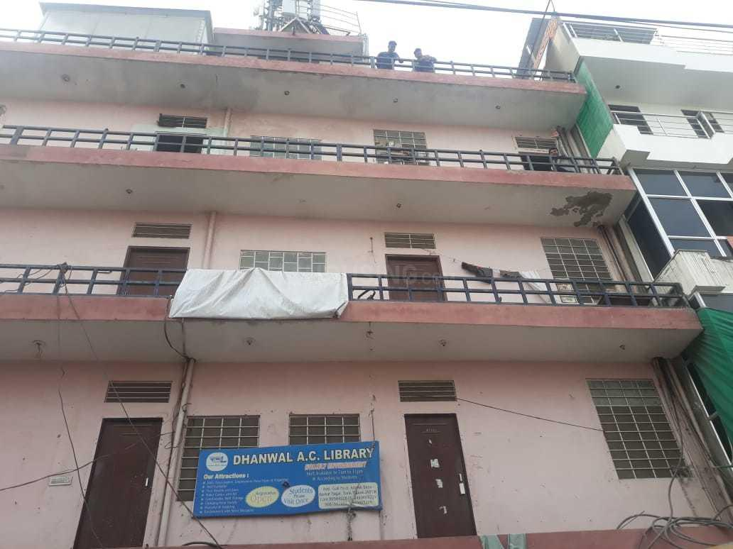 Building Image of 8000 Sq.ft 10 BHK Apartment for buy in Tonk Phatak for 100000000