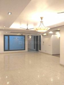 Gallery Cover Image of 1800 Sq.ft 3 BHK Independent Floor for rent in South Extension I for 50000