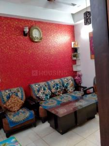 Gallery Cover Image of 950 Sq.ft 2 BHK Apartment for rent in Gyan Khand for 12500