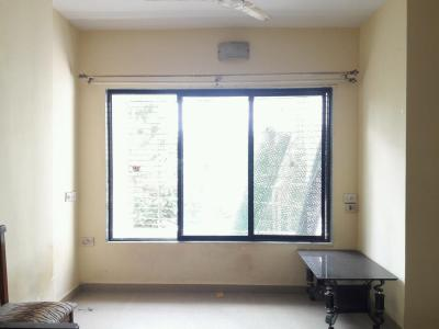 Gallery Cover Image of 647 Sq.ft 1 BHK Apartment for rent in Kandivali East for 21000