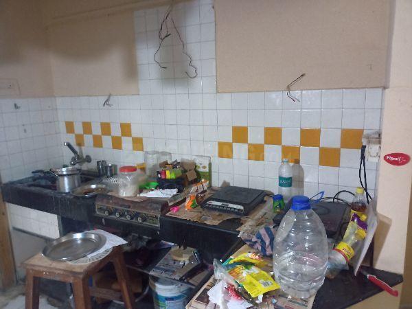Kitchen Image of Lokmanya Society Paan Bazar Mumbai in Sion