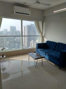 Gallery Cover Image of 1000 Sq.ft 2 BHK Apartment for rent in Avd Amin Alturas, Bandra West for 85000