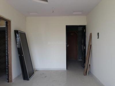Gallery Cover Image of 650 Sq.ft 1 BHK Apartment for buy in Borivali West for 10000000