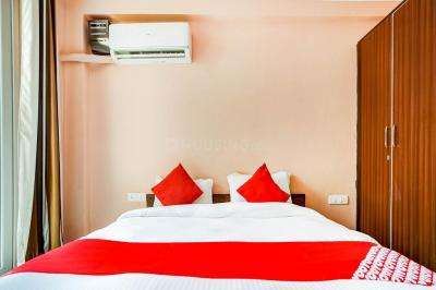 Gallery Cover Image of 210 Sq.ft 1 RK Apartment for rent in HUDA Plot Sector 42, Sector 42 for 12000