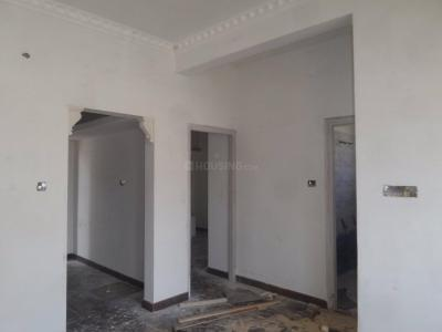 Gallery Cover Image of 800 Sq.ft 2 BHK Apartment for rent in Mathikere for 14000