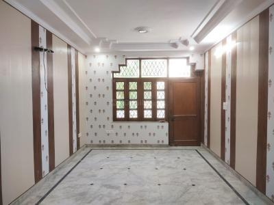Gallery Cover Image of 2538 Sq.ft 4 BHK Independent Floor for buy in Model Town for 47500000