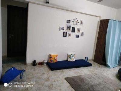 Gallery Cover Image of 600 Sq.ft 1 BHK Apartment for rent in Laxmi Heights, Goregaon West for 28000