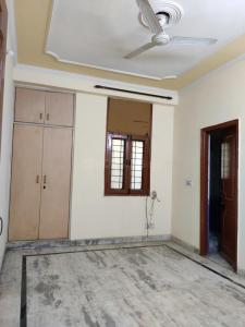 Gallery Cover Image of 850 Sq.ft 2 BHK Independent Floor for rent in Shatabdi Enclave, Sector 49 for 11500