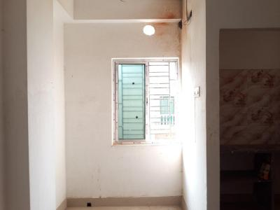 Gallery Cover Image of 650 Sq.ft 2 BHK Apartment for buy in Triyash Om Apartments Bhawanipore, Rajarhat for 1950000