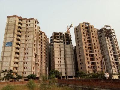 Gallery Cover Image of 445 Sq.ft 1 BHK Apartment for buy in Vardhman Swapnlok, Jhotwara for 1200000