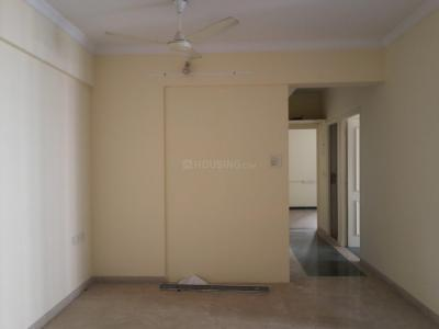 Gallery Cover Image of 990 Sq.ft 2 BHK Apartment for buy in Thane West for 18000000