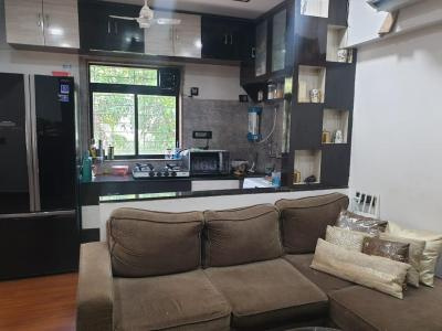 Gallery Cover Image of 660 Sq.ft 1 BHK Apartment for rent in Victoria House, Bandra West for 53000