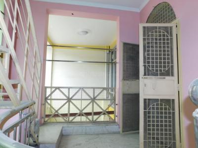 Gallery Cover Image of 850 Sq.ft 2 BHK Independent Floor for rent in Vasundhara for 14500