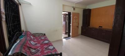 Gallery Cover Image of 780 Sq.ft 1 BHK Apartment for rent in Radha Sahniwas, Thane East for 22000