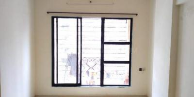 Gallery Cover Image of 575 Sq.ft 1 BHK Apartment for rent in Kandivali East for 18000