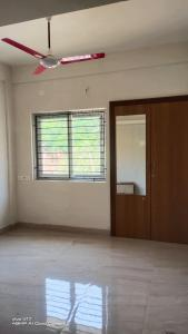 Gallery Cover Image of 1250 Sq.ft 2 BHK Apartment for rent in Velachery for 16500