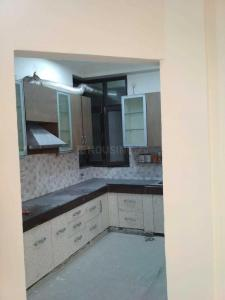 Gallery Cover Image of 2000 Sq.ft 3 BHK Apartment for rent in Neelachal Apartments, Sector 4 Dwarka for 31000