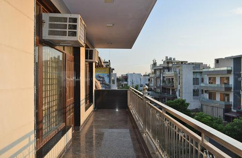 Balcony Image of Urmila House Sf in Sector 52