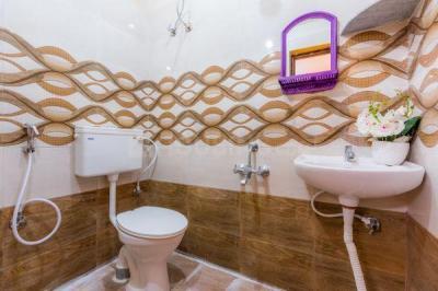Common Bathroom Image of PG 4998926 Murugeshpalya in Murugeshpalya