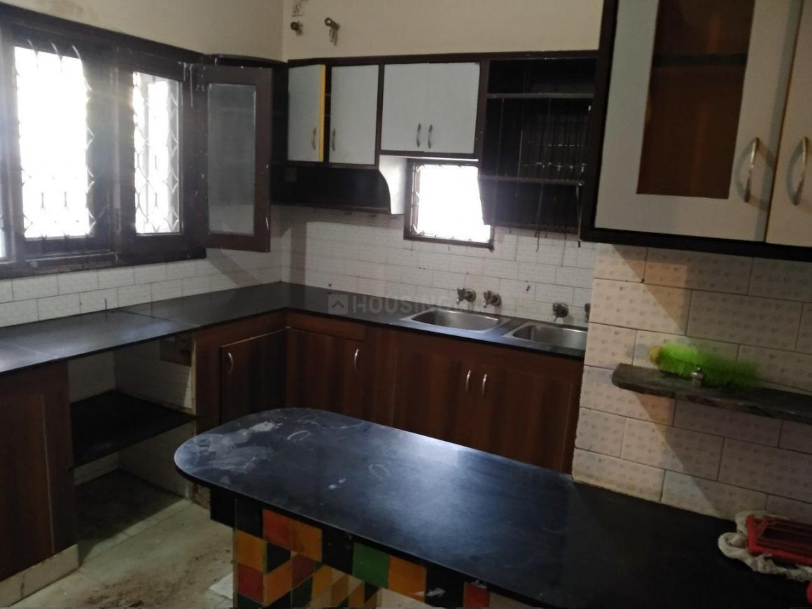 Kitchen Image of 2000 Sq.ft 2 BHK Independent House for rent in Sector 17 for 30000