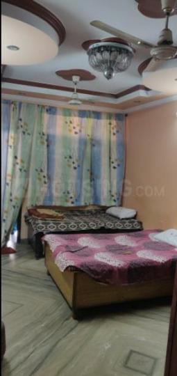 मोती नगर में 11 ब्लॉक के बेडरूम की तस्वीर