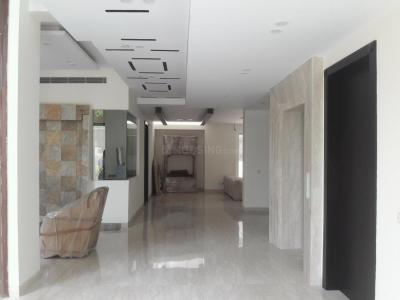 Gallery Cover Image of 6500 Sq.ft 5 BHK Independent House for rent in DLF Phase 1 for 250000