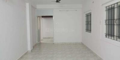 Gallery Cover Image of 1500 Sq.ft 3 BHK Apartment for rent in Thoraipakkam for 20000