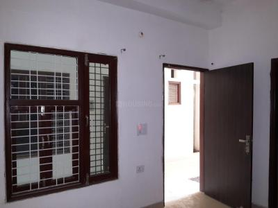 Gallery Cover Image of 540 Sq.ft 1 BHK Apartment for rent in Sector 69 for 11000
