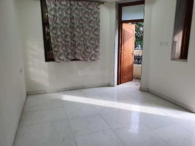 Gallery Cover Image of 850 Sq.ft 2 BHK Apartment for rent in Colaba for 70000
