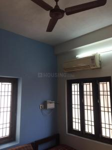 Gallery Cover Image of 1200 Sq.ft 2 BHK Independent Floor for rent in Sakthi Meenakshi, Thoraipakkam for 25000