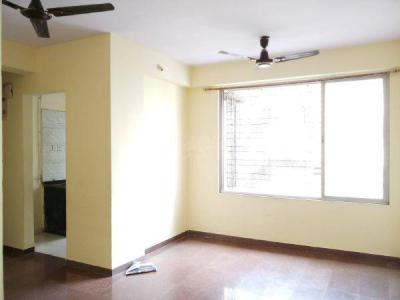 Gallery Cover Image of 585 Sq.ft 1 BHK Apartment for rent in Malad East for 27000